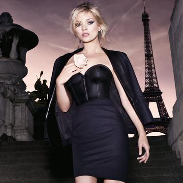 le-nouveau-parfum-ysl-parisienne-3471415bpvwv_1350