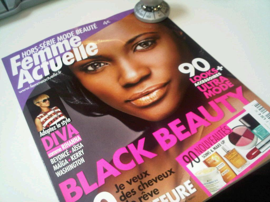 FEMME ACTUELLE A PUBLIE UNE HORS SERIE HISTORIQUE BLACK BEAUTY C'EST UN DELICE CHAPEAU dans ACTU GENERALE IMG00089-20100518-1531