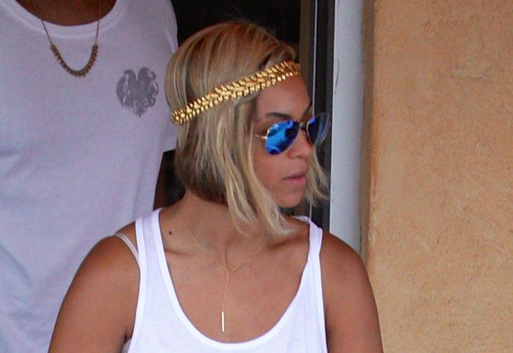 beyonce-bob-hairstyle-pixie-haircut-hair-extensions-w724