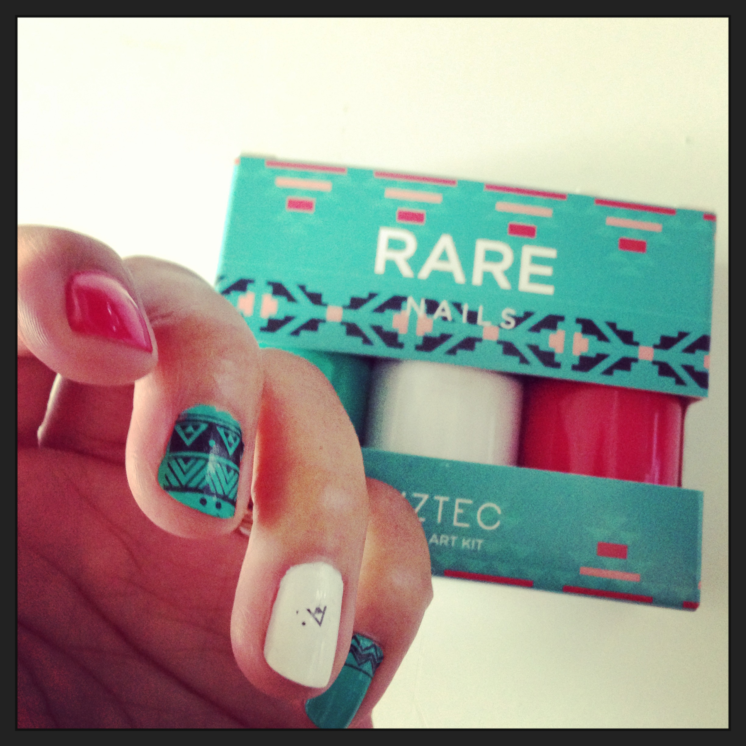 Rare_nails_aztec_nailart