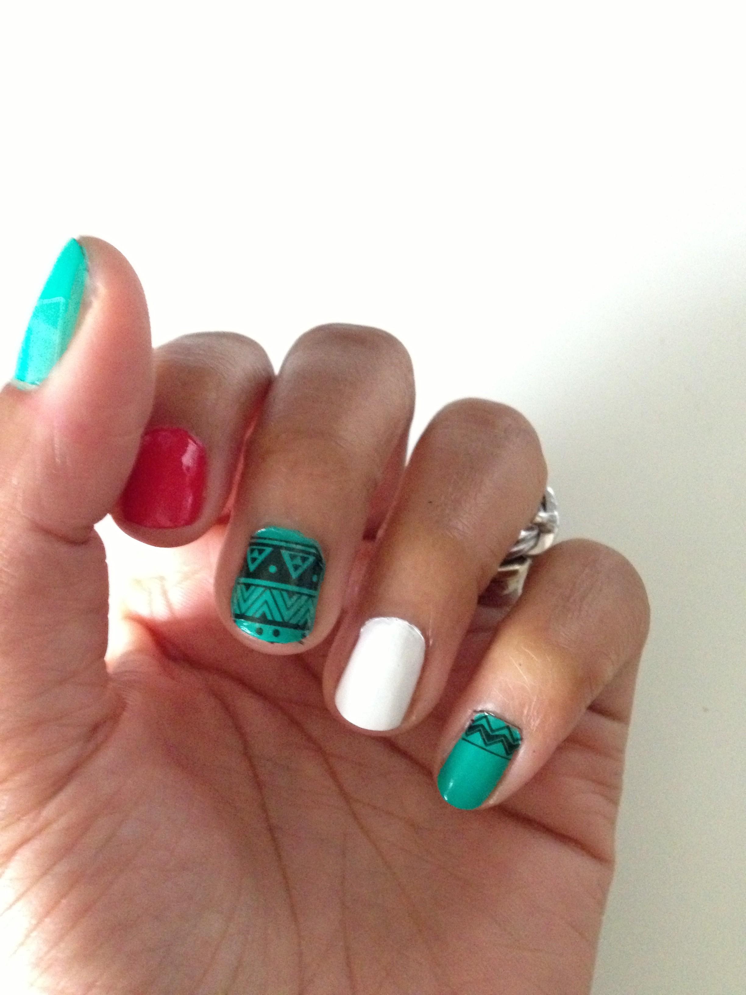 rare_nails_aztec_2