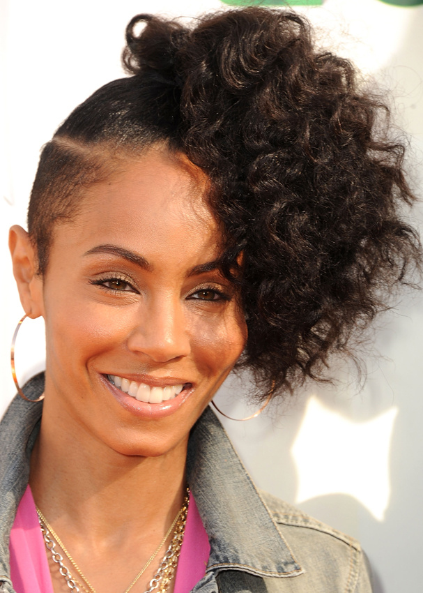jada_pinkett_smith_968033324_north_607x