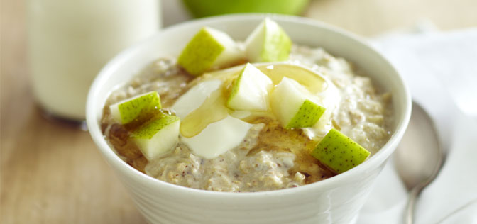 bircher-muesli-with-grated-packham-pear