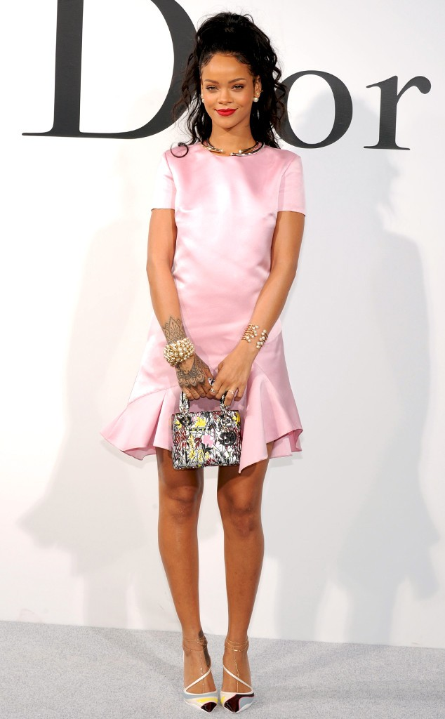 rs_634x1024-140508073321-634.Rihanna-Pink-Satin-Dress-Dior.jl.050814