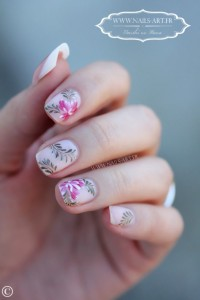 nails-art-flower