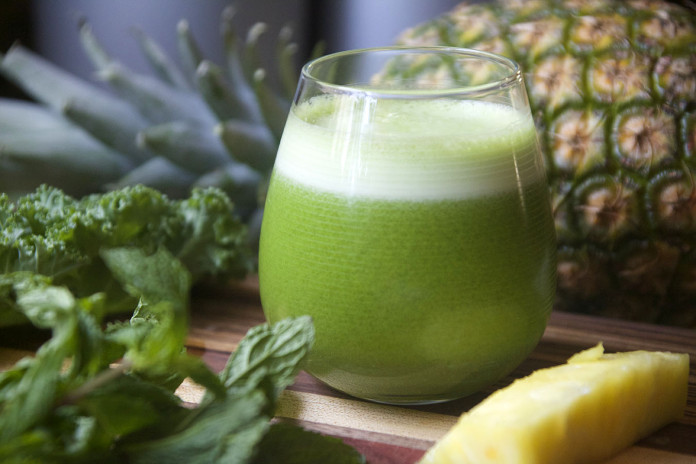 Pineapple-Green-Juice-696x464