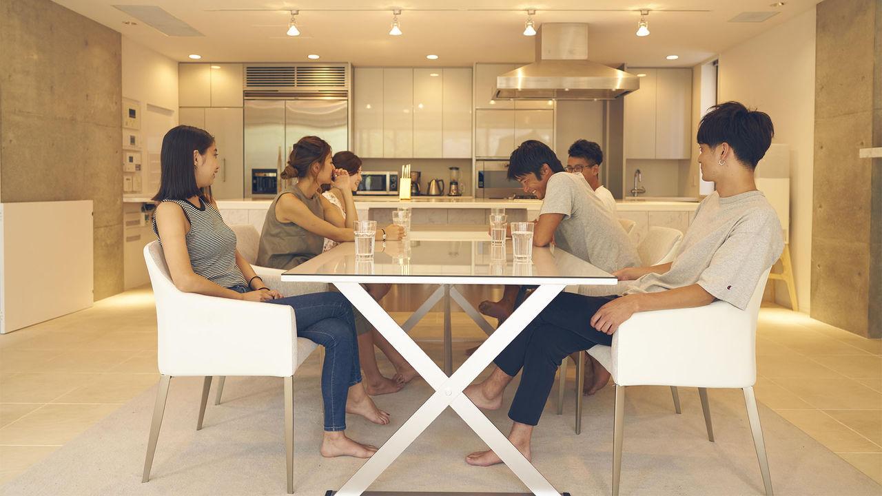 Terrace House, la télé-réalité japonaise qui surpasse toutes les autres !