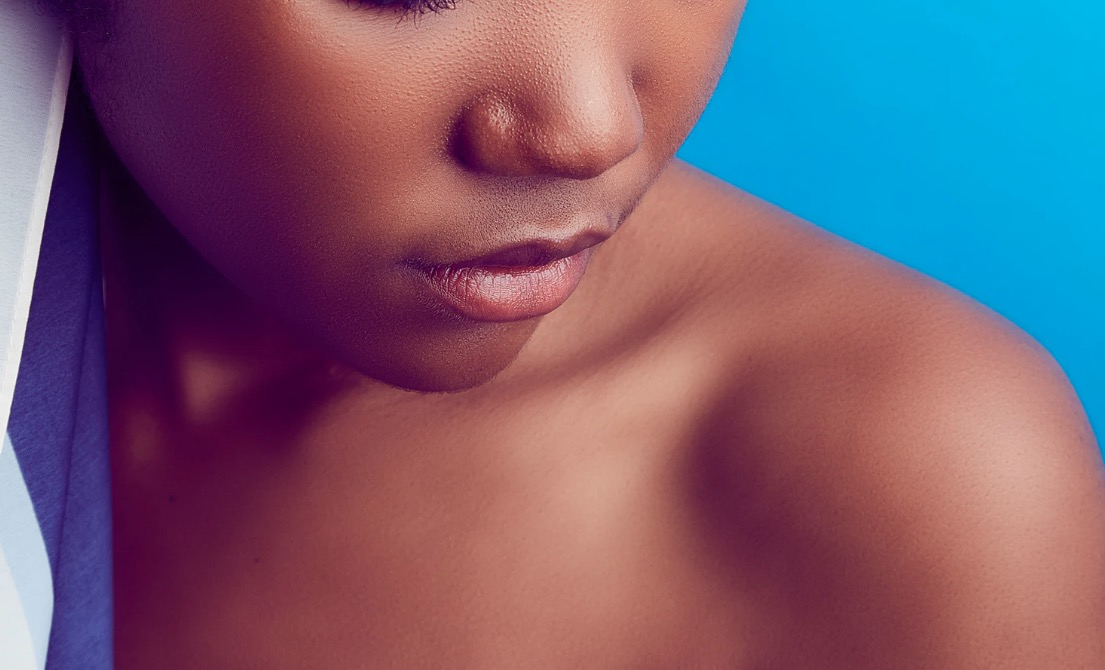 Ma peau est déshydratée et sensible, comment faire ?